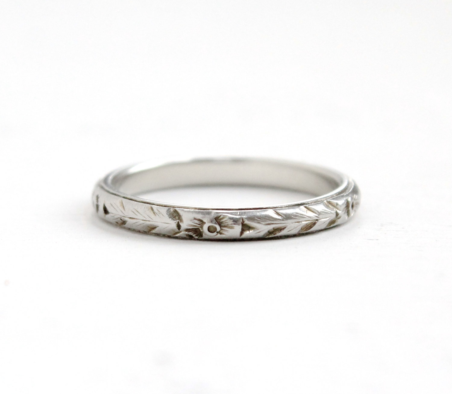 Beautiful Belais 18k White Gold Wedding Band, available  here