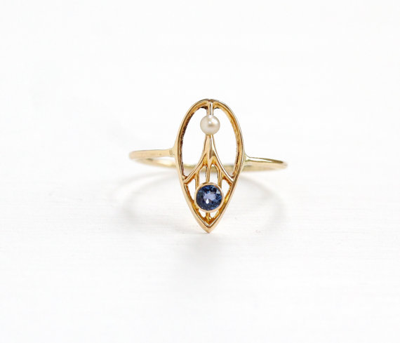 Antique Yellow Gold Genuine  Sapphire Ring