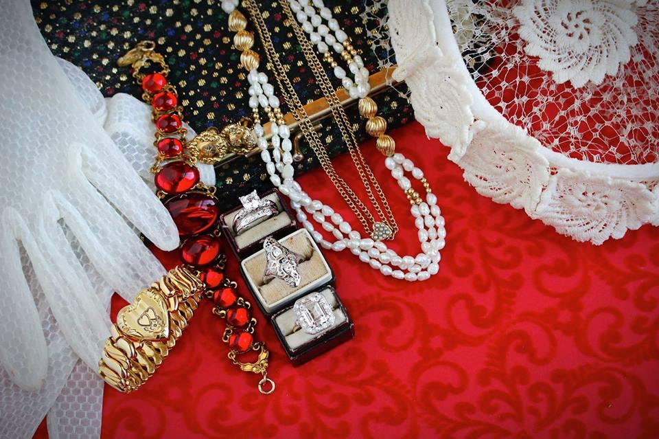 Shop Middle Ring:  Antique 18K White Gold Sapphire & Diamond Filigree Shield Ring