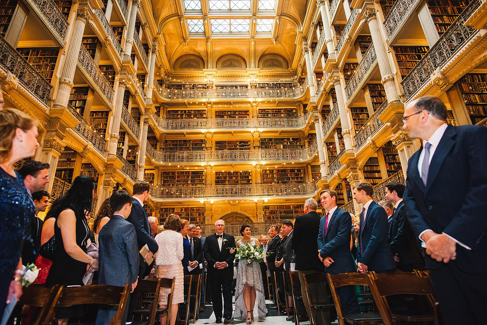 Adibe Photography - George Peabody Libray wedding-33.jpg