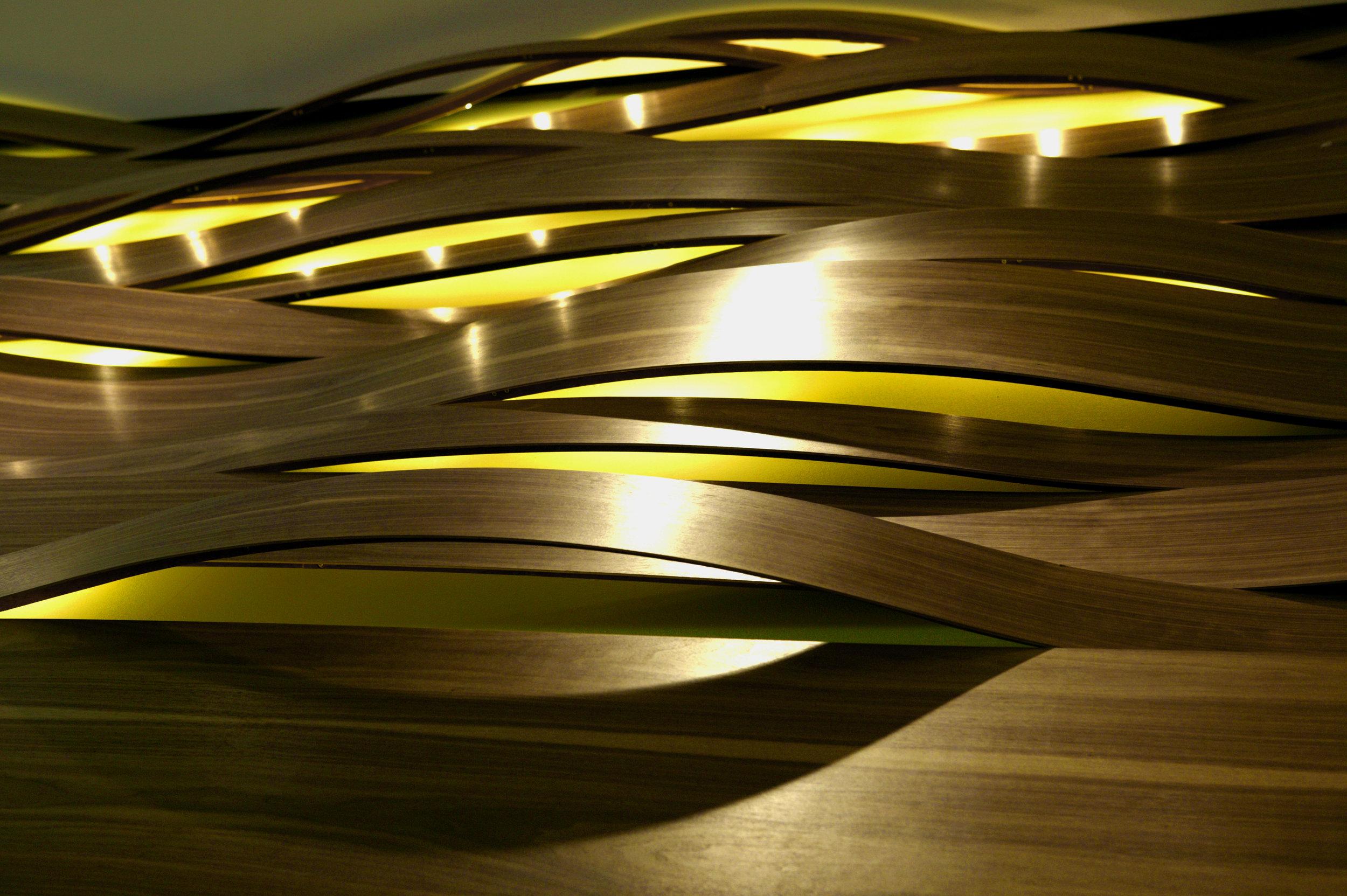 SASOU_03 Wellenwand von unten.jpeg