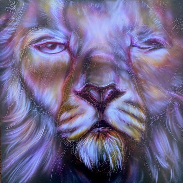 'Winking lion' 24x24 acrylic on hardboard. part of my spring sale. Code: SPRING link in bio. #airbrush #livepainting