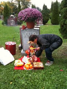 Heather Li's grandparents' grave in Scarborough