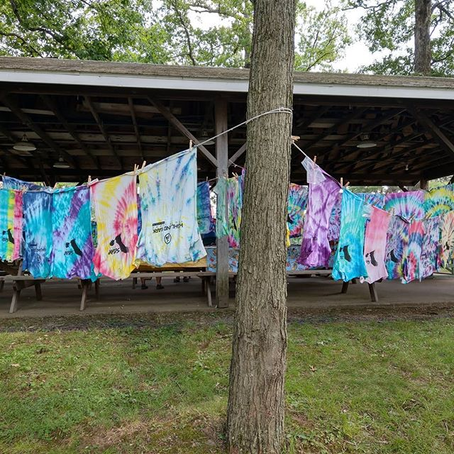 Wishing we tie-dyed camp t-shirts so a camper, this sight is so cool! #hpyc2019