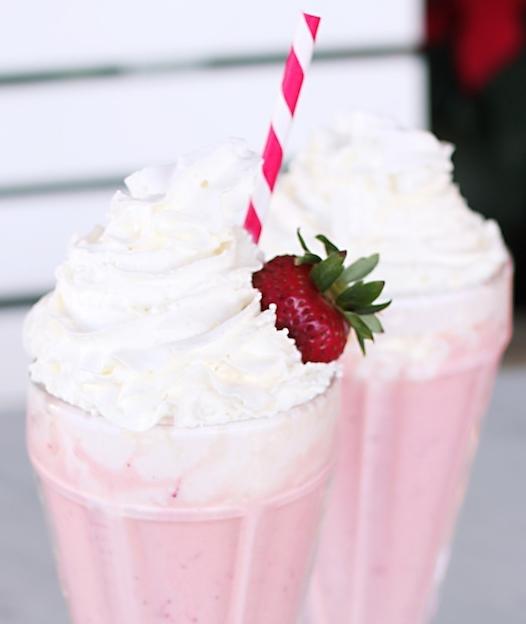 stawberrymilkshake2.jpg