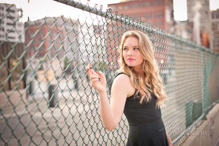 Alphonse-Photography-Senior-Pictures-Hannah-Dowtown-Detroit-4.jpg