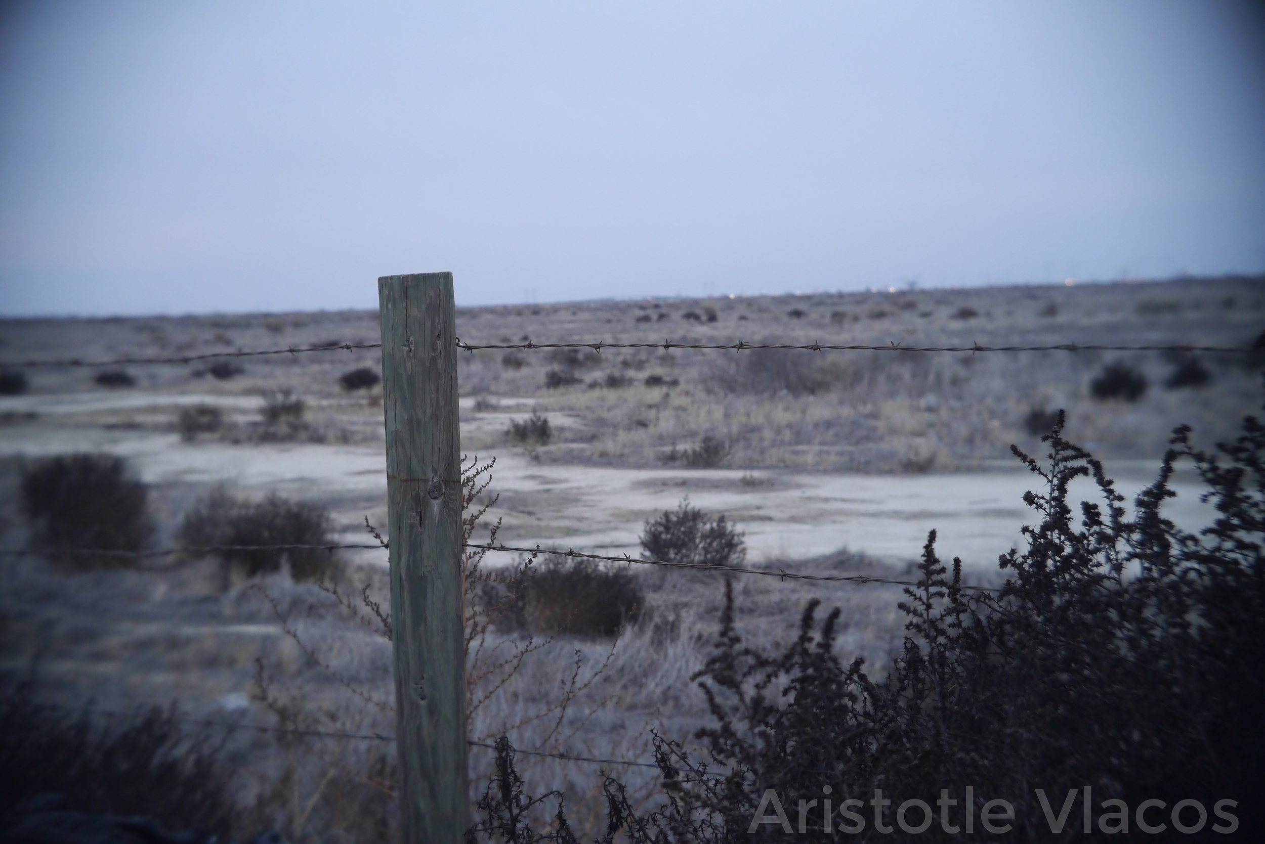 desert_fence.jpg