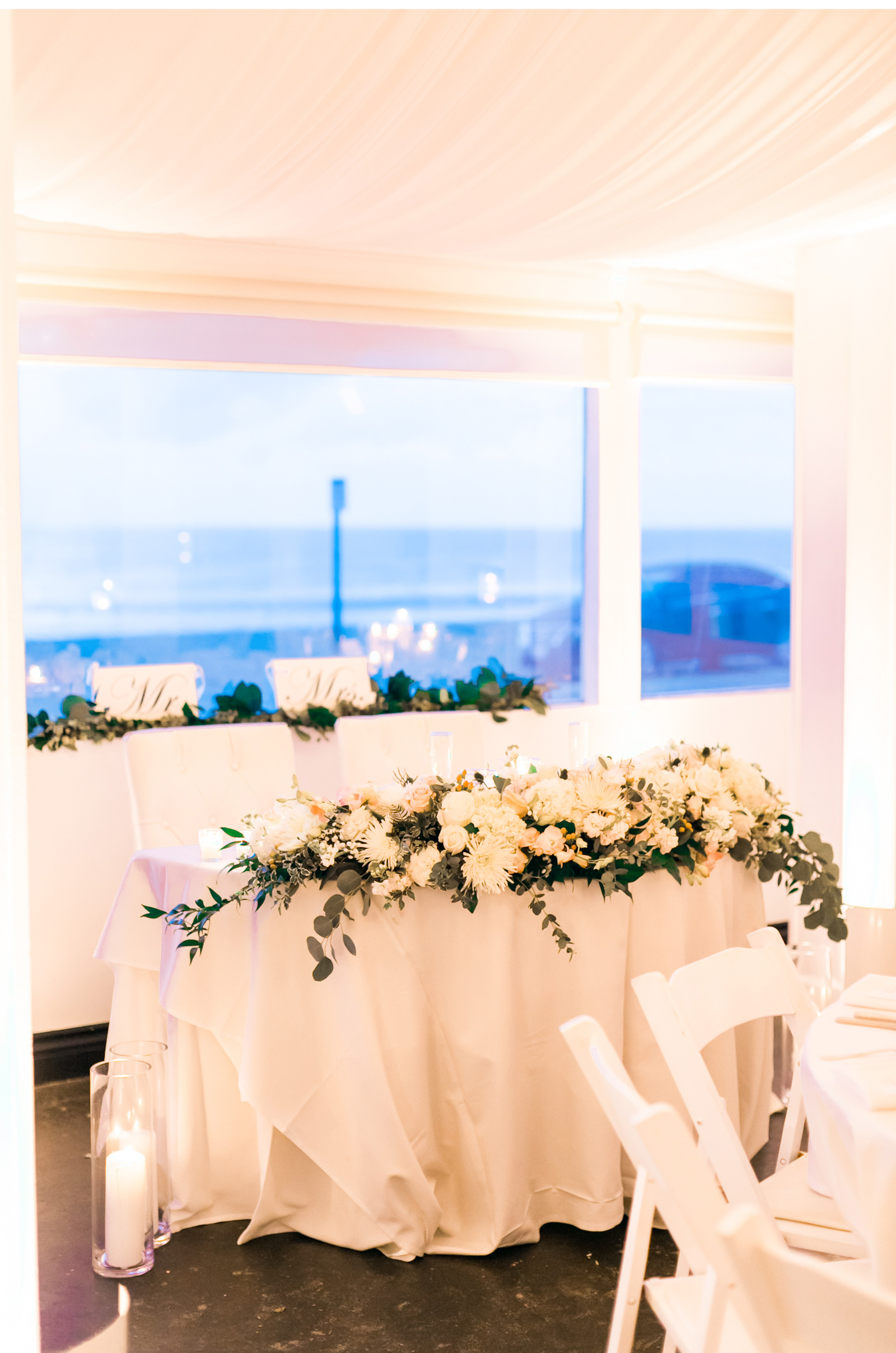 Sunset-Restaurant-Wedding-Natalie-Schutt-Photography_01_11.jpg
