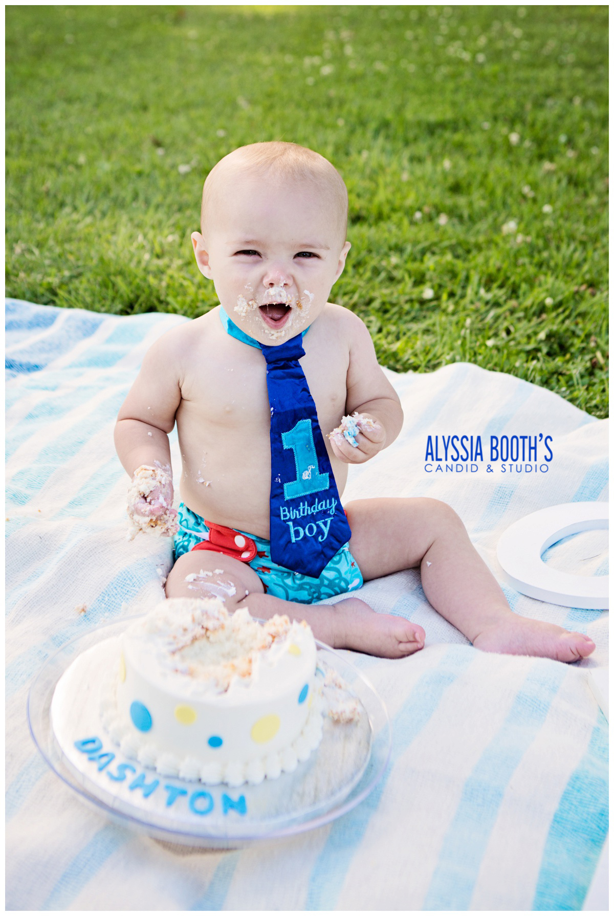 Boy | First Birthday Cake Smash | Alyssia Booth's Candid & Studio | Michigan Photographer