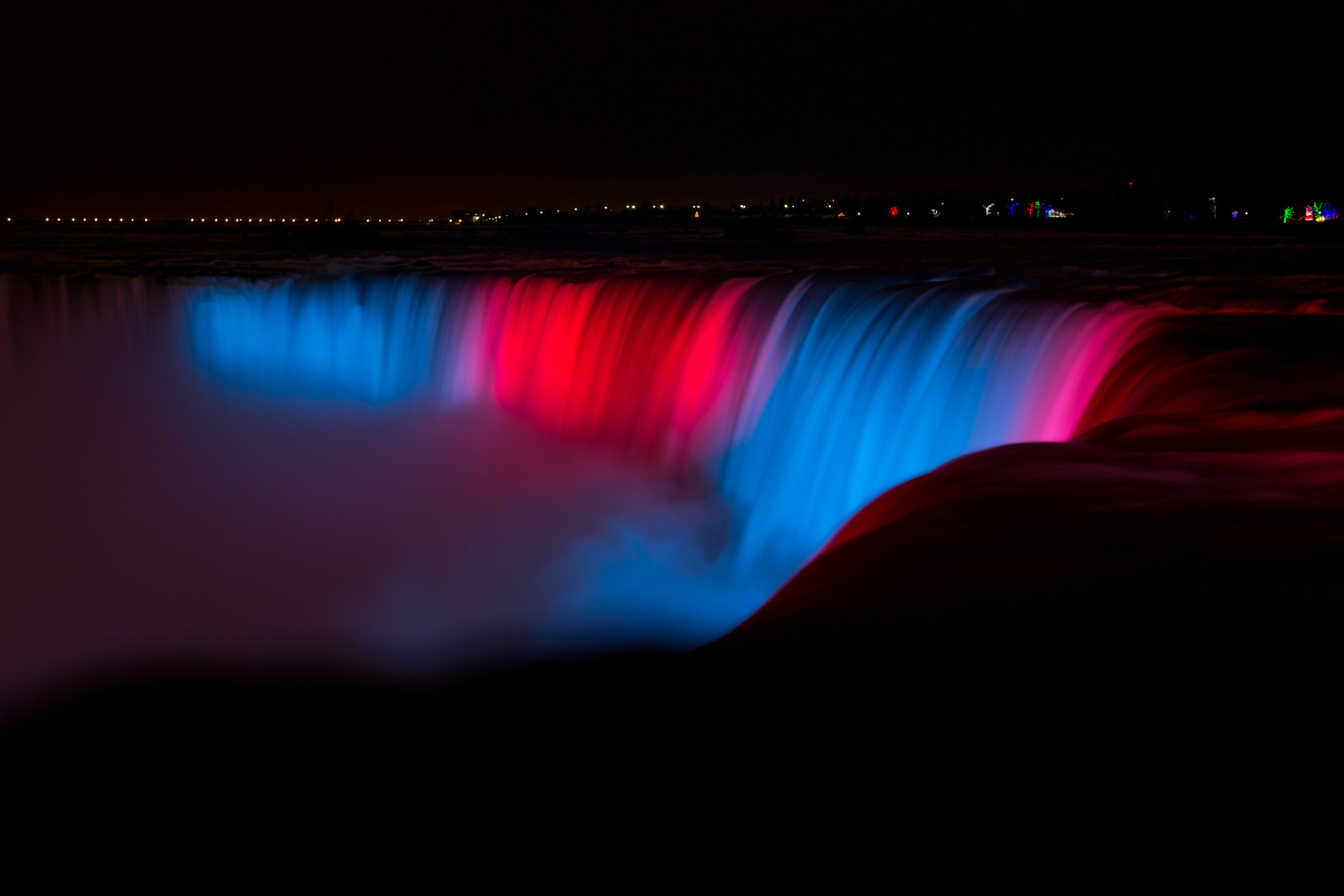 Niagara Falls At Night | Alyssia Booth's Candid & Studio