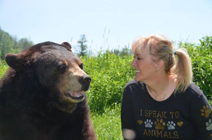 Leslie & Bear | Animal Communicator Leslie Cirinesi | Pet Communication Sessions