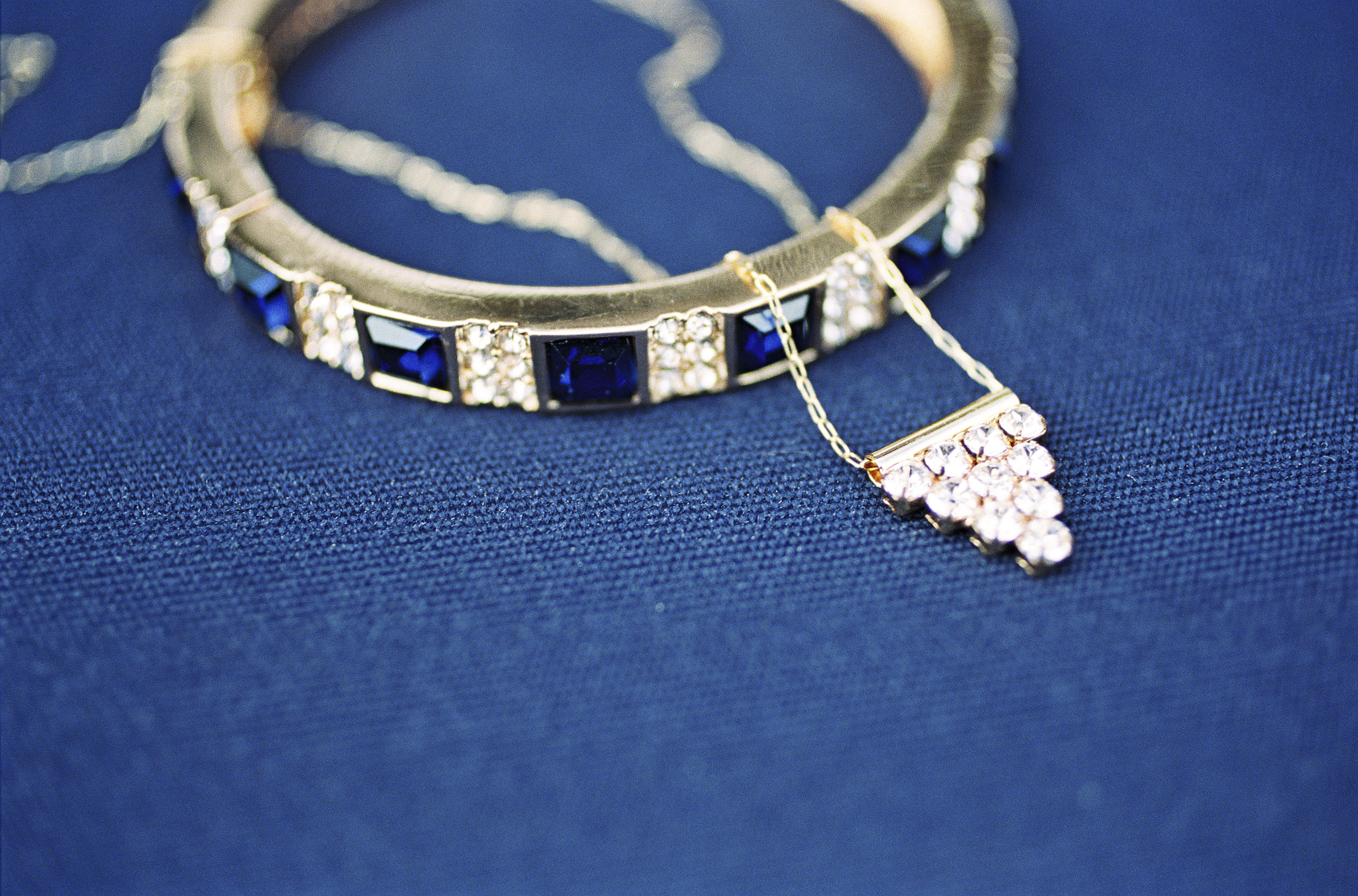 Sapphire Alyn Bangle and Single Pyramid Necklace for the Bridesmaids. Photo Credit: Alicia Swedenborg