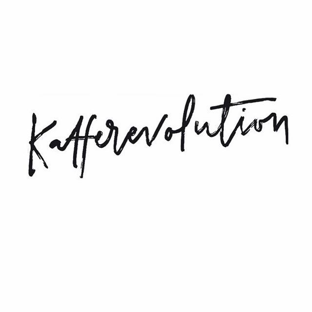 Kafferevolution. #handlettering #lettering #coffee #thirdwavecoffee #revolution #lettering #sthlmletteringclub #graphicdesign #typography #tyxca #kalligritype #calligratype #calligraphy #moderncalligraphy #dippen #ipadprocreate #procreateapp #type #typematters #typedaily #ligaturecollective #typethink #typeiseverything #typespire #typeshowcase #typegang #typethink #typostrate #typographyinspired