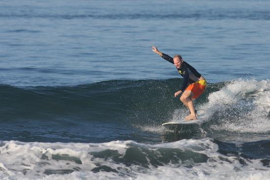 dominical-surf-lessons.jpg