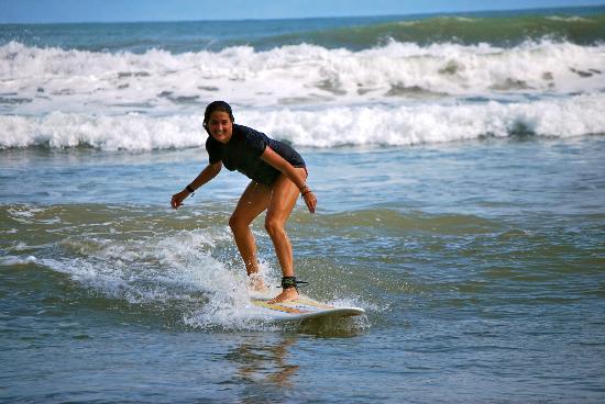 costa-rica-surf-camp.jpg