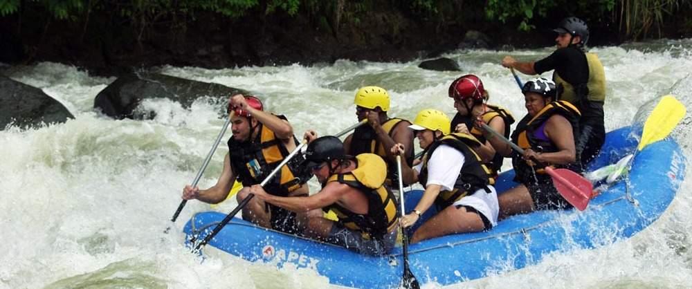wide-1000-rafting-savegre-river.jpg