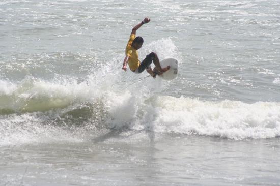 uvita-surf-camp-uvita-2.jpg