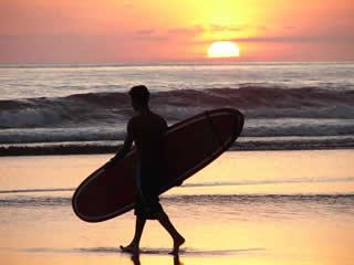 dominical-costa-rica-surf-classes.jpg