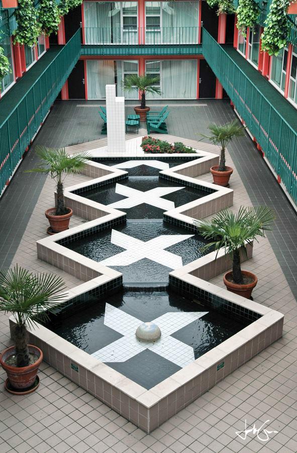 Art Deco Courtyard-13.jpg
