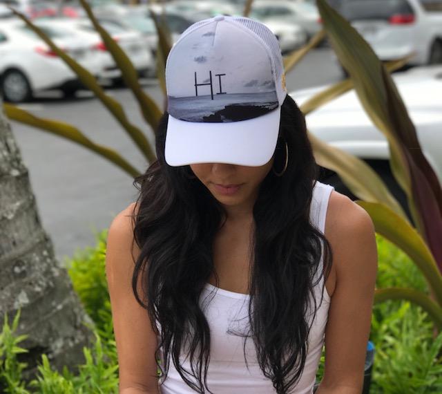 Black N White Hat