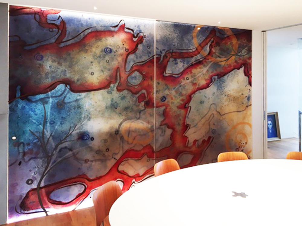 3303_Jessica-Birk_Ipkendanz_Aboriginal-Glass-artwork-screen_Brown-Rust_Pewter_01.jpg