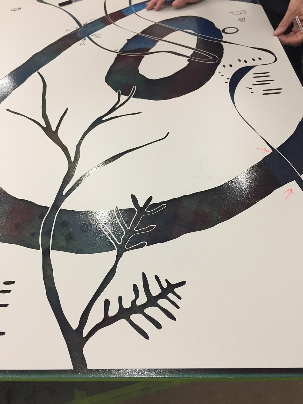 3303_Jessica-Birk_Ipkendanz_Aboriginal-Glass-artwork-screen_Brown-Rust_Pewter_5.jpg