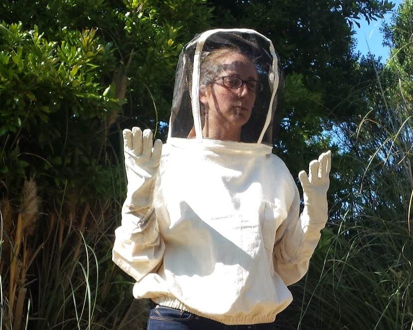 Bee suitand Gloves