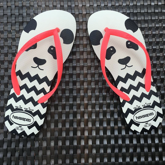 Neon coral Havaianas with panda face summer 2016 fashion