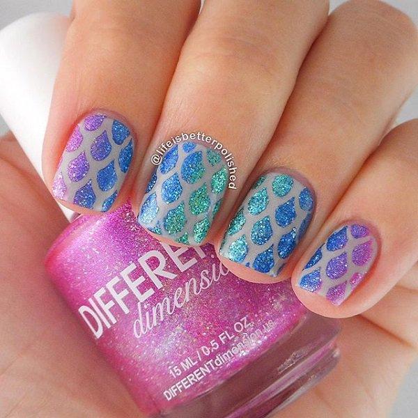 Droplet-Glitter-Nail-Design.jpg