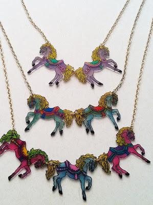 More ponies