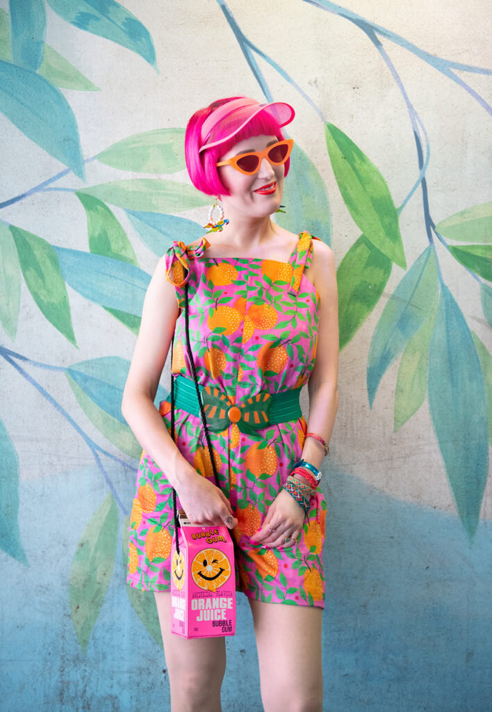 saraisinlovewith_blogger_fashion_ootd_style_orange_jumpsuit_colourful_style_07-2-708x1024.jpg