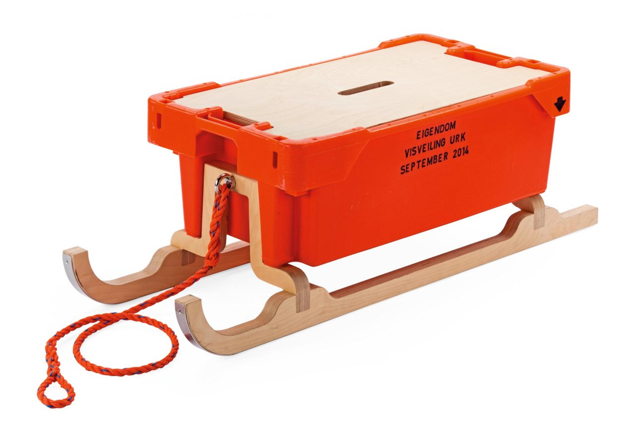 FISH BOX SLEDGE 4.jpg