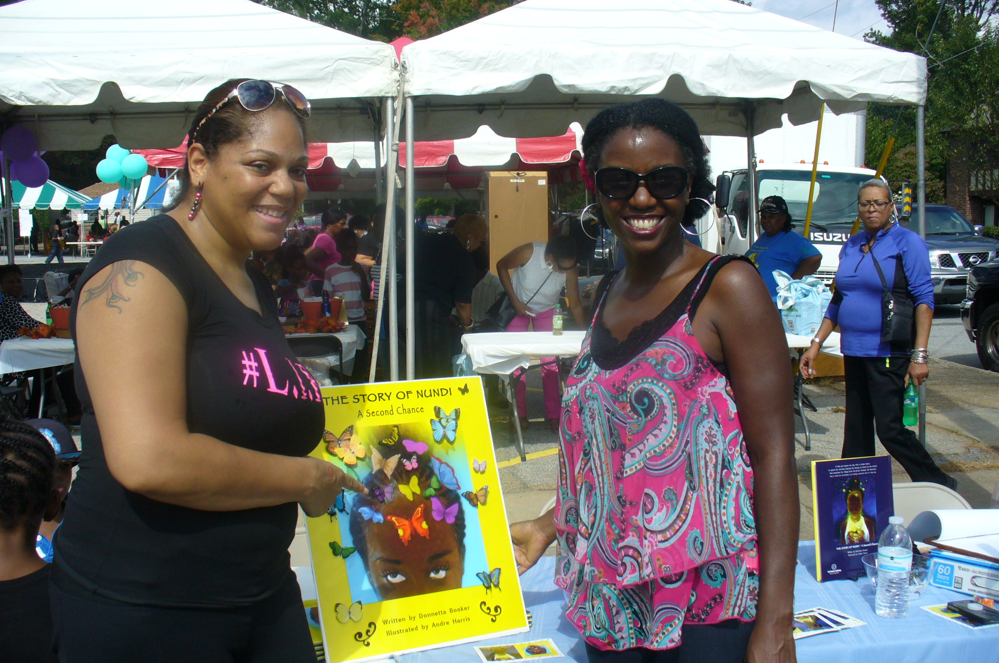 Tiffany of #L.I.F.E. visited my booth. #L.I.F.E. (Ladies In Full Effect) is a Christian based community outreach, enrichment and mentoring program. To learn more visit www.ladiesinfulleffect.org