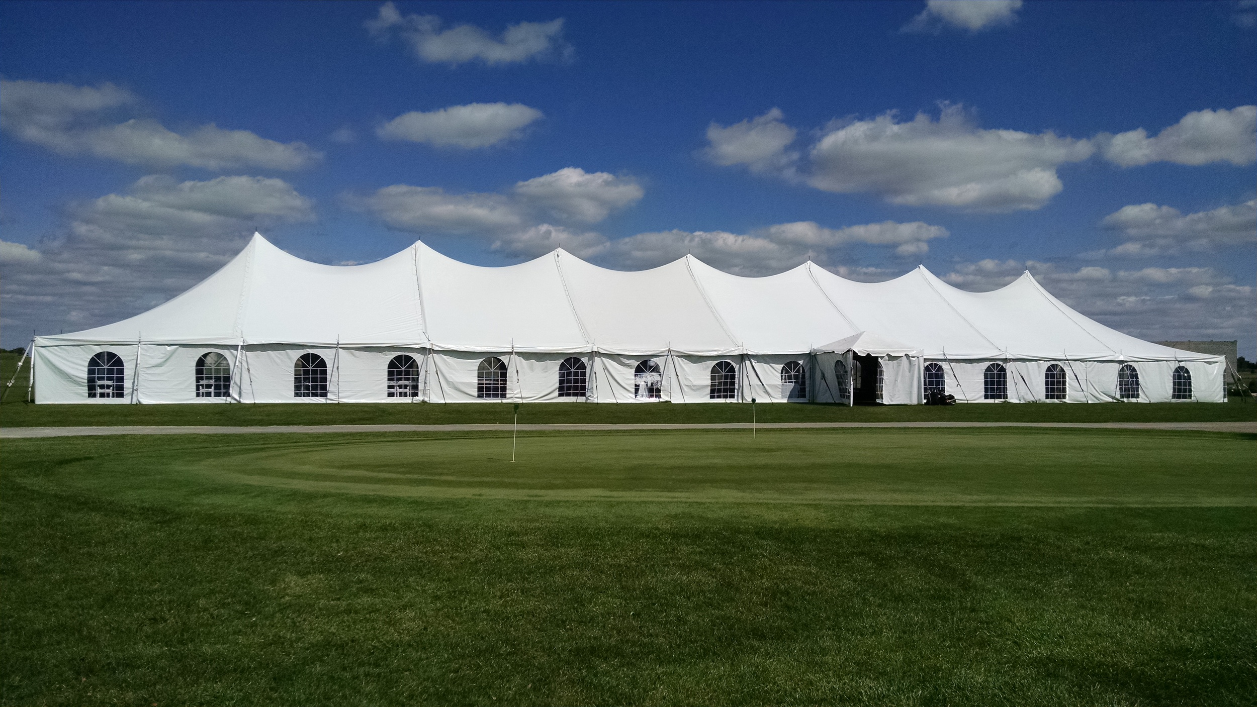 40 x 160 Premiere I Pole Tent (4).jpg
