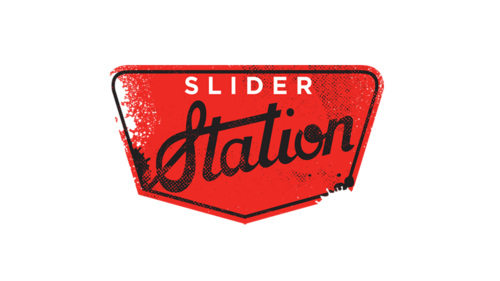 04-slider station - Every meat they serve is farm-raised, prepared with the most delicate of sauces combined with the best of local ingredients. Everything is hot off the grill and fresh on sliders. Vegetarian lovers can also sink their teeth into a wide range of choices.LOCATION-112 Rd No 3803, Manama