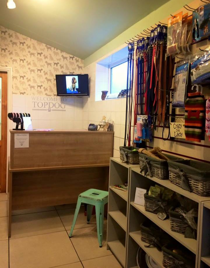 Our newly refurbished reception area is filled with canine treats, toys and everything else your canine could desire after his/her pamper at Topdog.