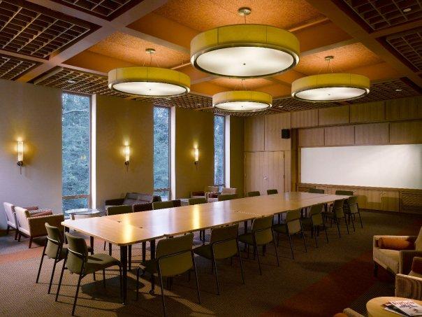 Buchanan Hall Faculty Meeting Room