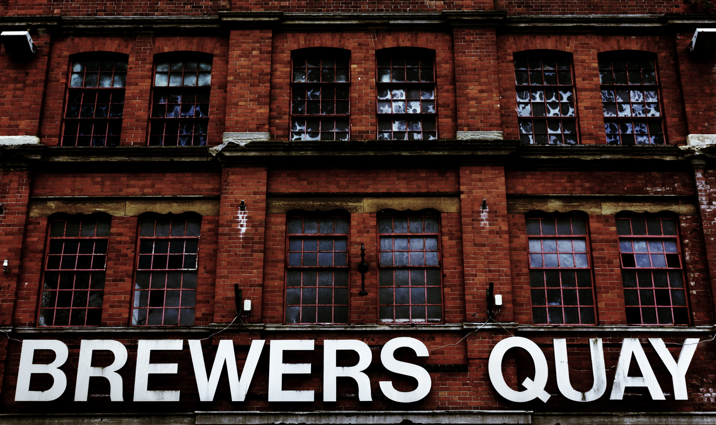 Brewers Quay Front