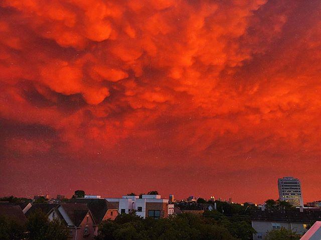 tonight's sunset 🔥