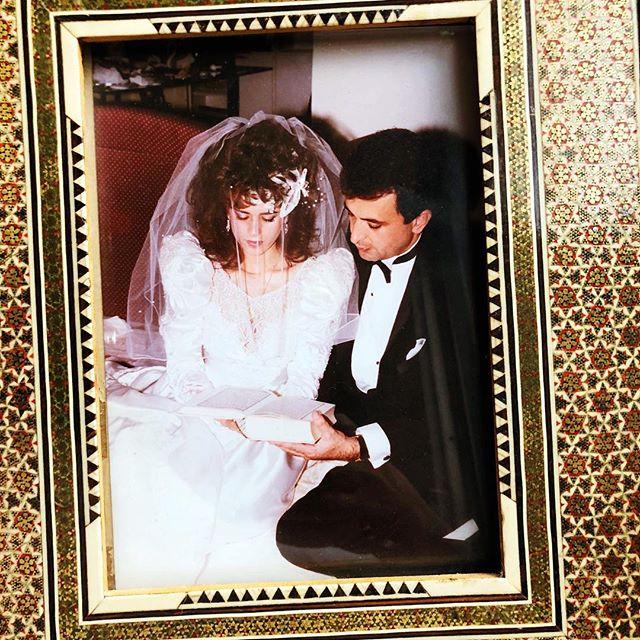 ♥️MAMA & PAPA♥️ 30 YEARS 🏆 9.9.1988 #love #happyanniversary #30years #loveyoutothemoonandback 💫💫♥️