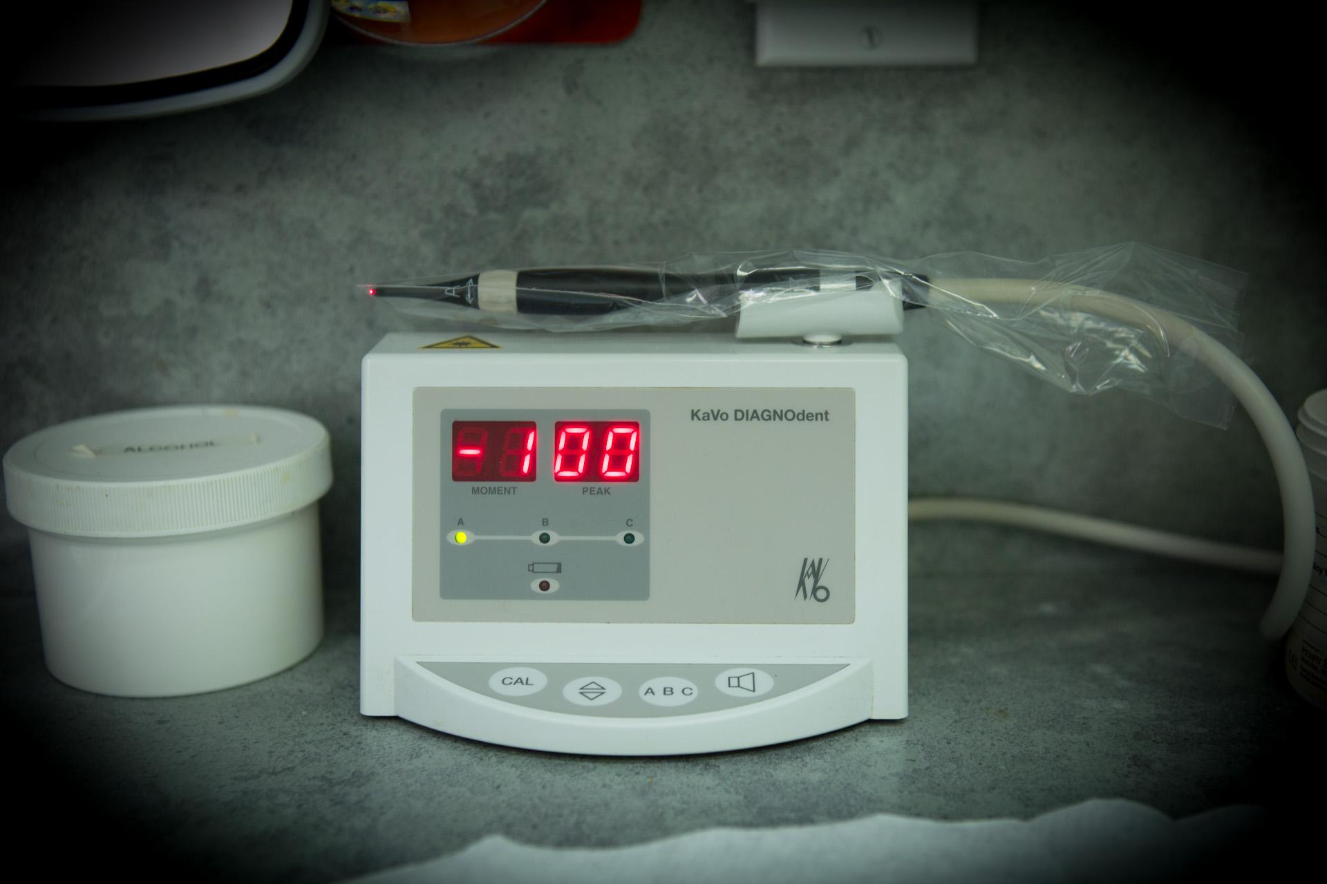 Laser Caries Detector