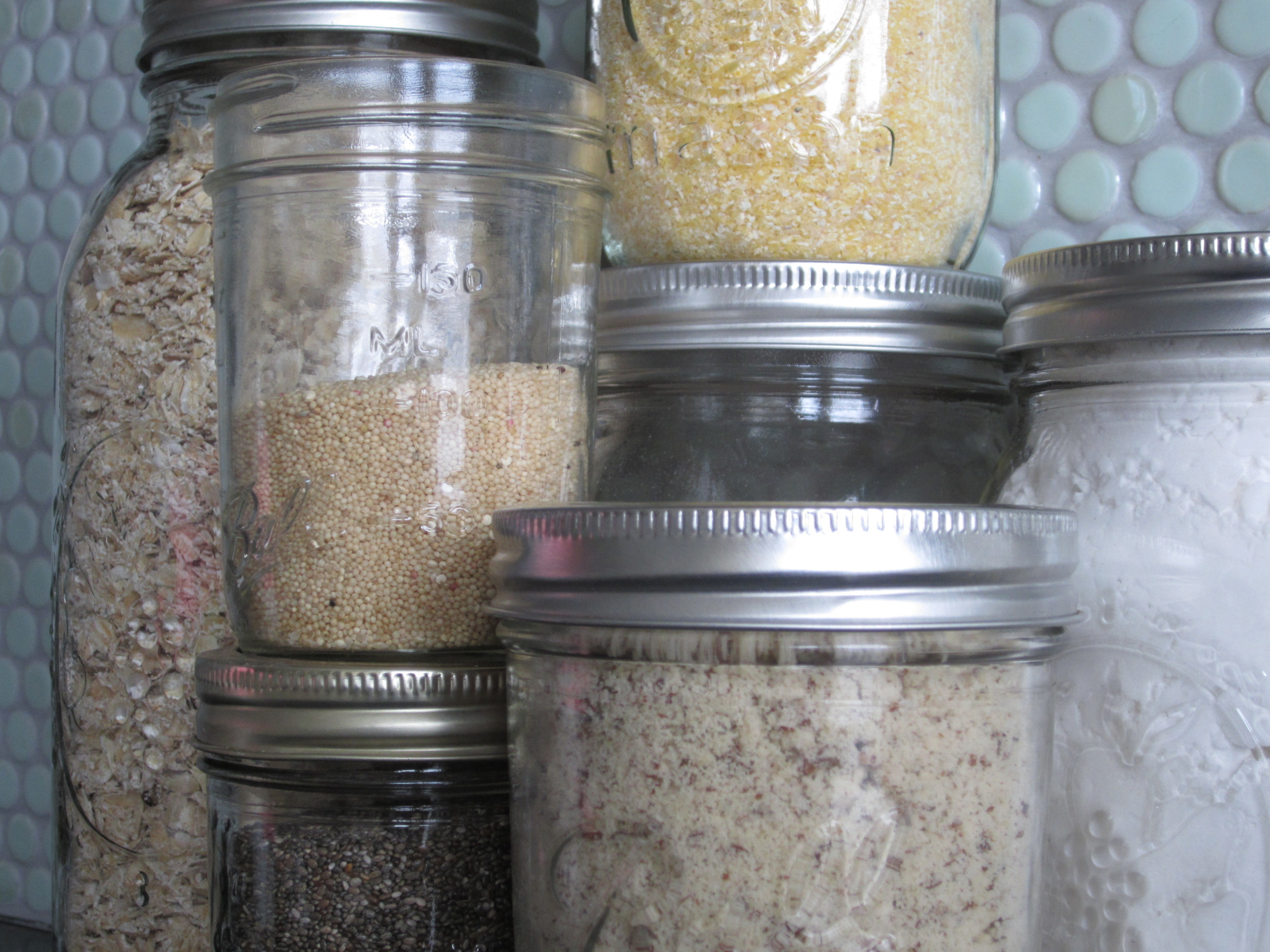 Which alternative flours make the most successful low-FODMAP, gluten-free baked goods?