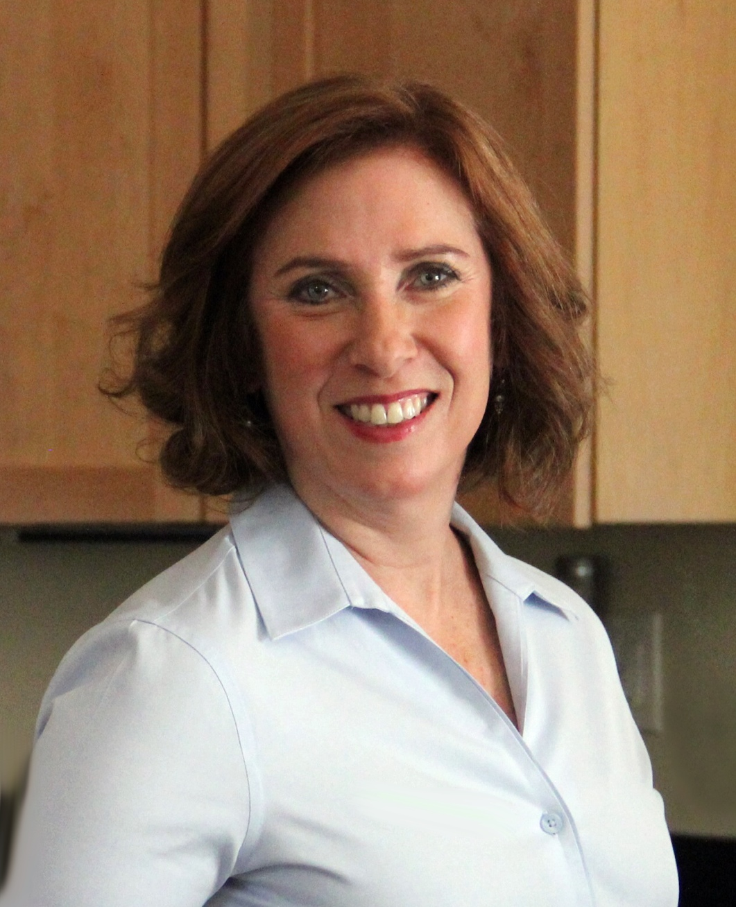 Lisa Rothstein, low FODMAP recipe developer and co-author of IBS-Free Recipes for the Whole Family.