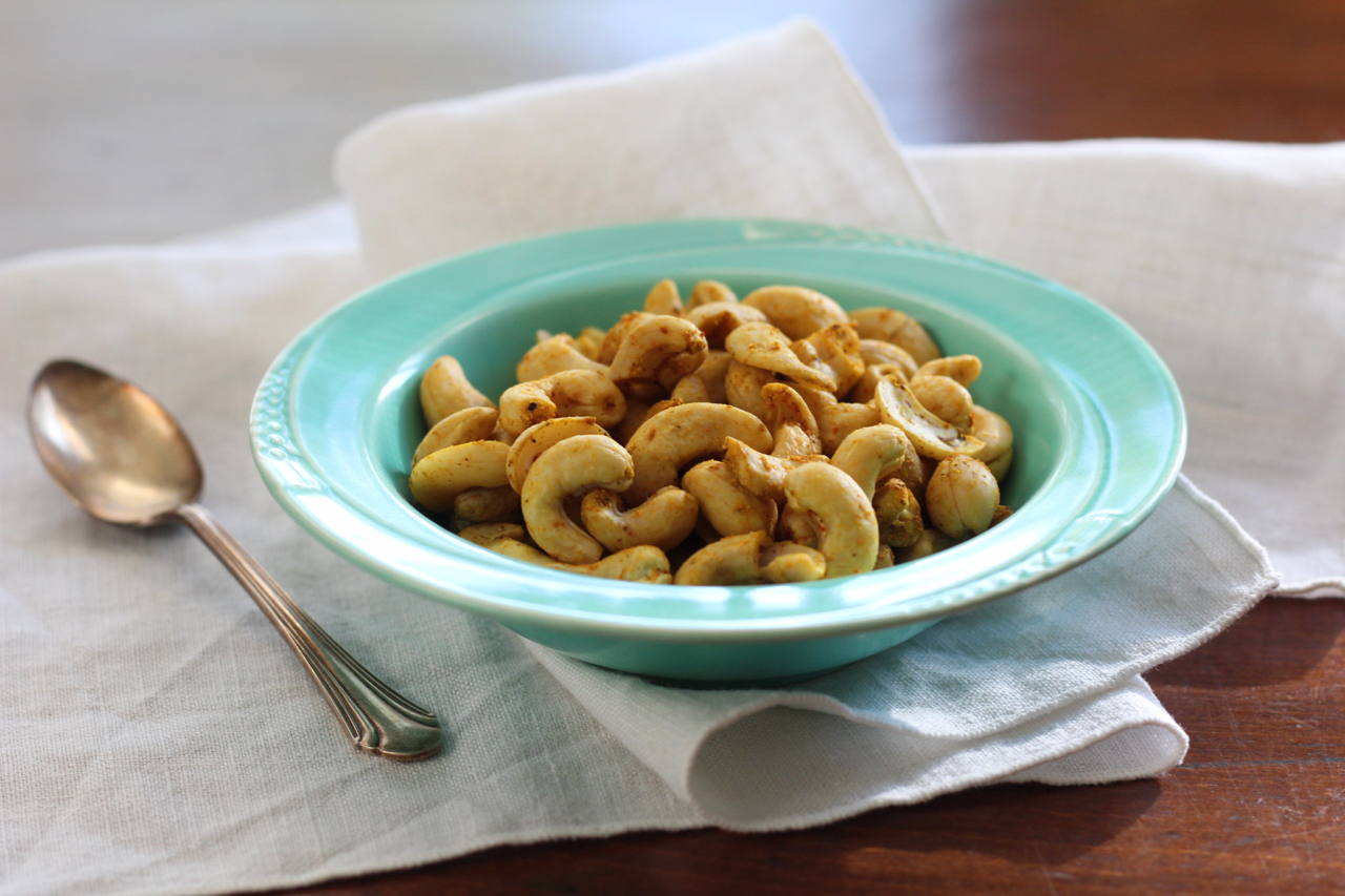 Don't make a meal out of cashews!Nuts are relatively low in carbohydrates but they are high in FODMAPs, especially cashews and pistachios; other nuts can be enjoyed in small portions on a low-FODMAP diet.