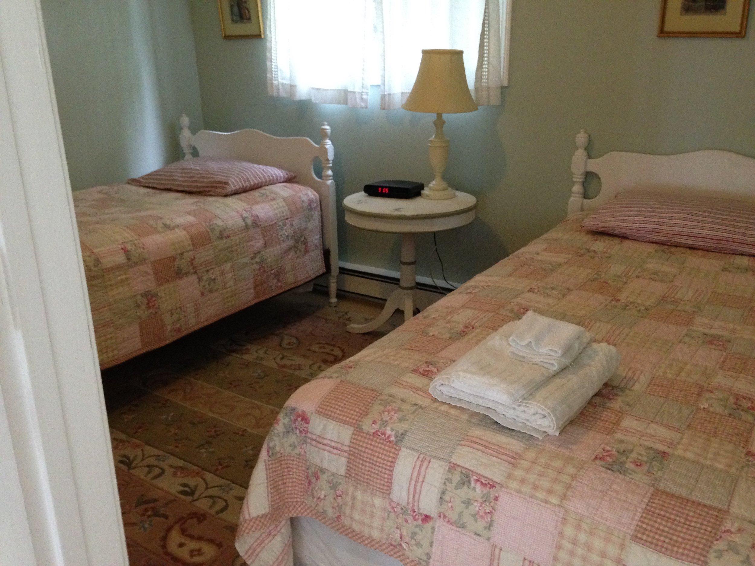 1st Foor Twin Bedroom