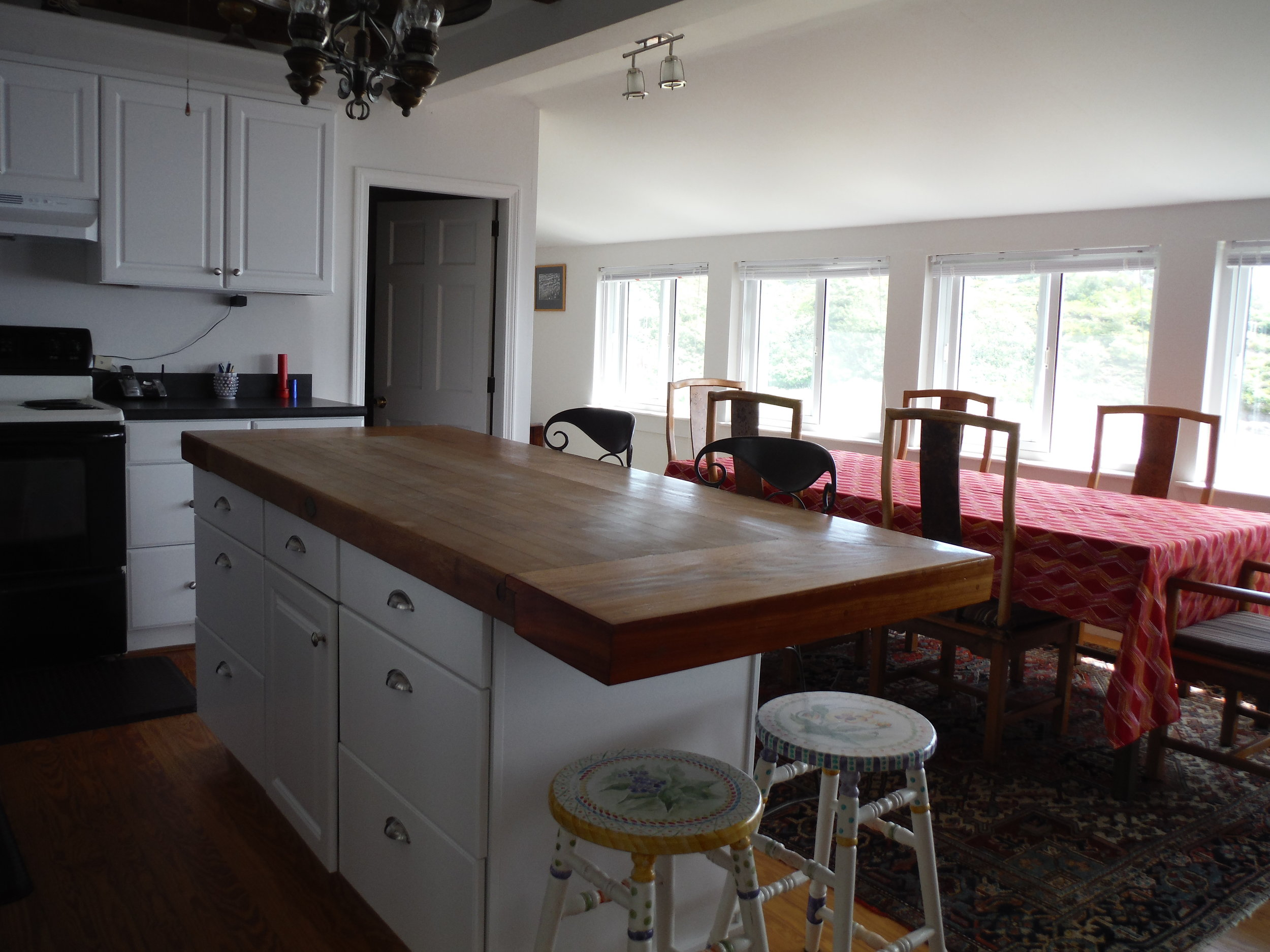 Waterview for dining and cooking