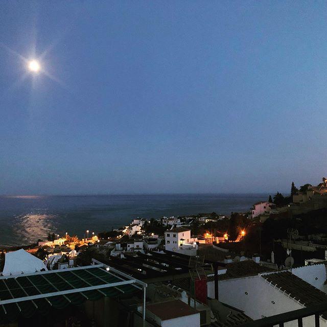 Månen och medelhavet