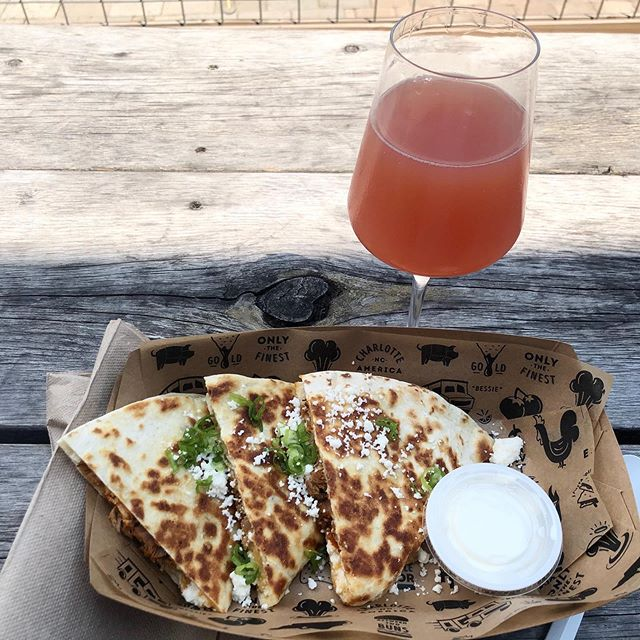 #Pork al pastor #quesadilla from @tinkitchen and Raw Beauty from @residentculture make for a perfect lunch!
