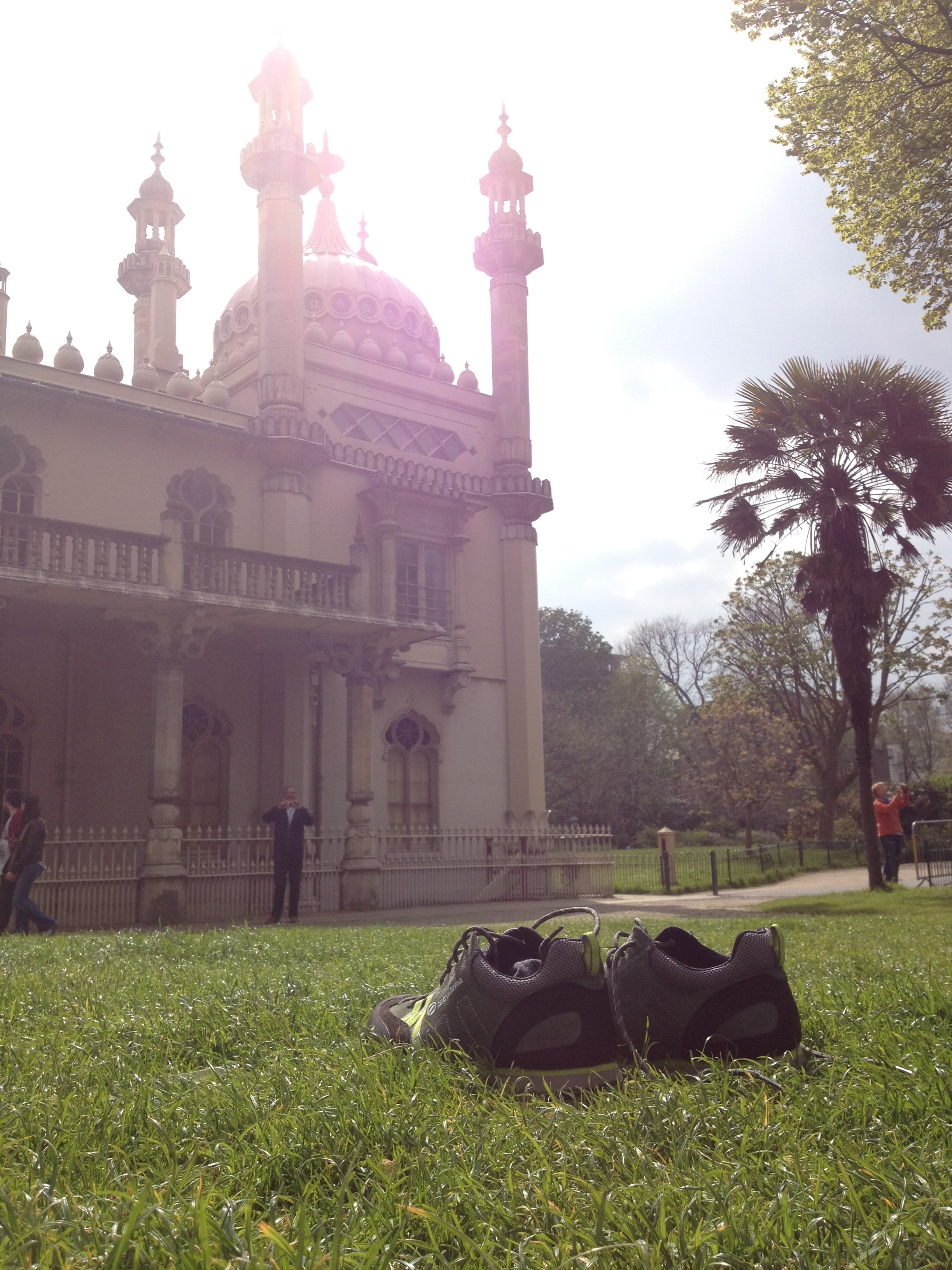 The Writing Man's shoes in front of Brighton Pavilion