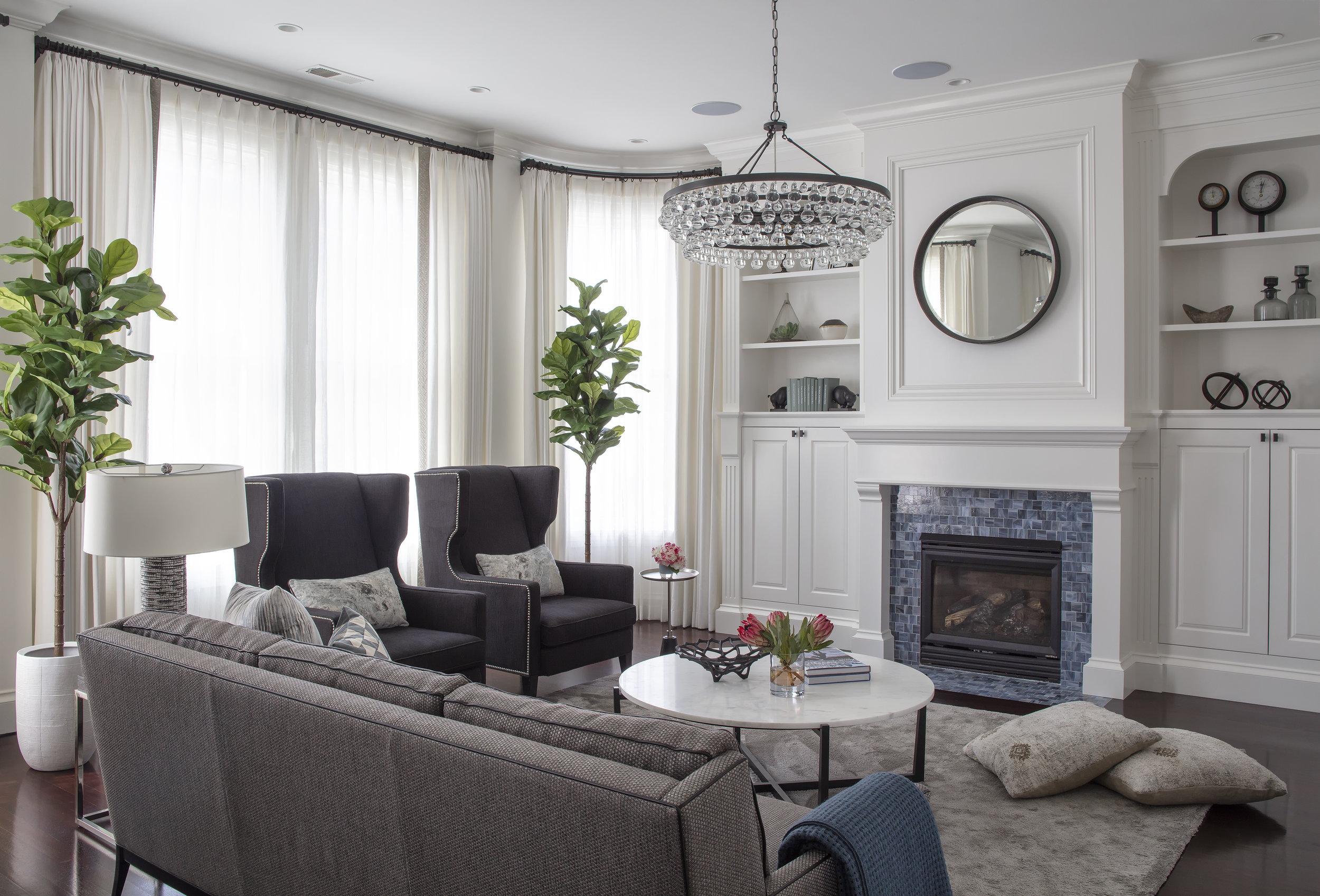 02_Livingroom_Pillows.jpg